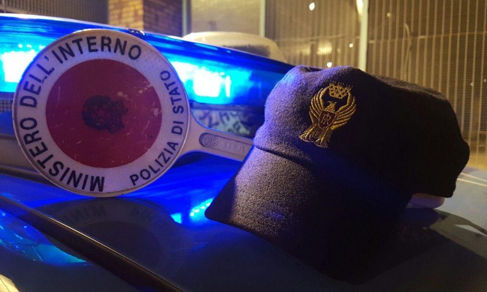 Mercato: 39enne denunciato per porto di armi od oggetti atti ad offendere