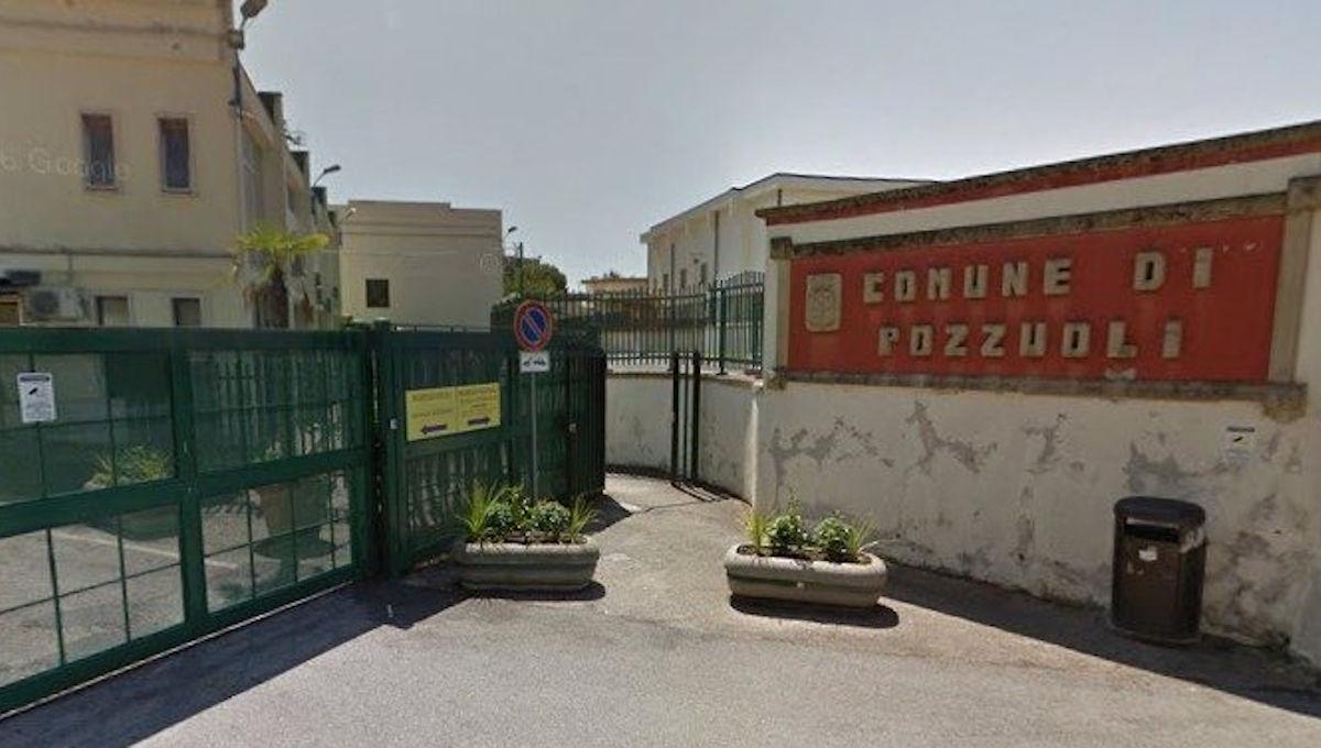 Municipio di Pozzuoli sede del Consiglio Comunale